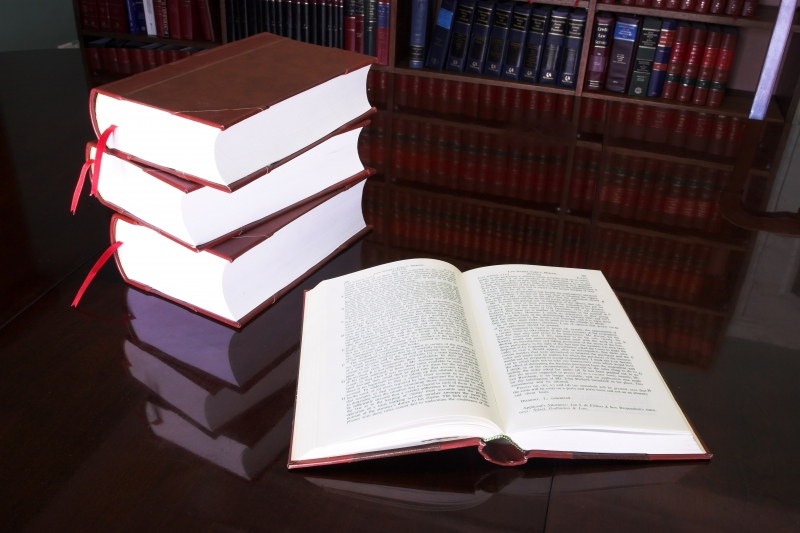 966676-legal-books-21